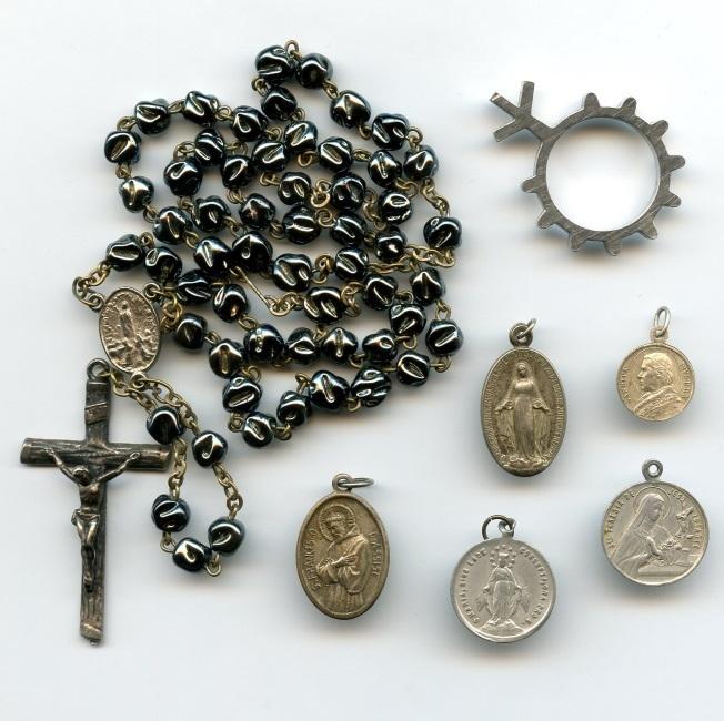 alte pilgerandenken medaillen lourdes rosenkranz 7 st ck. Black Bedroom Furniture Sets. Home Design Ideas